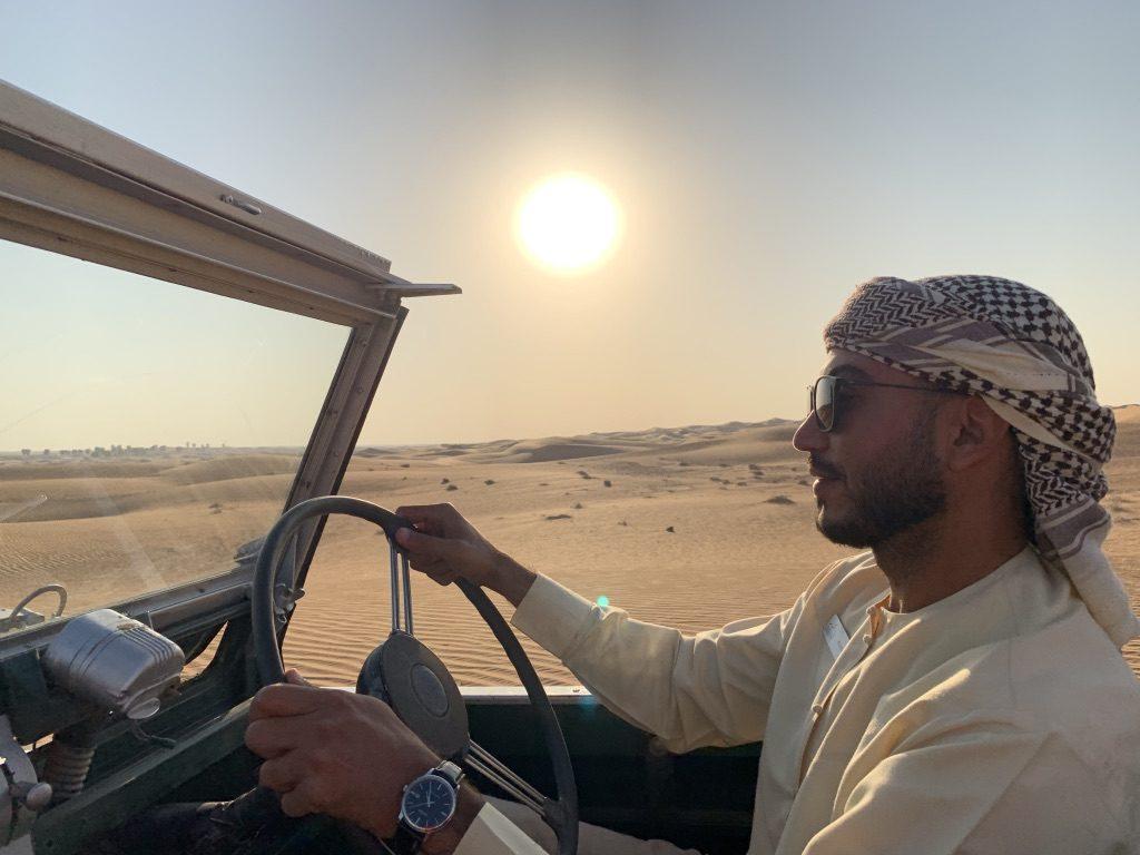 chauffeur keffieh safari désert